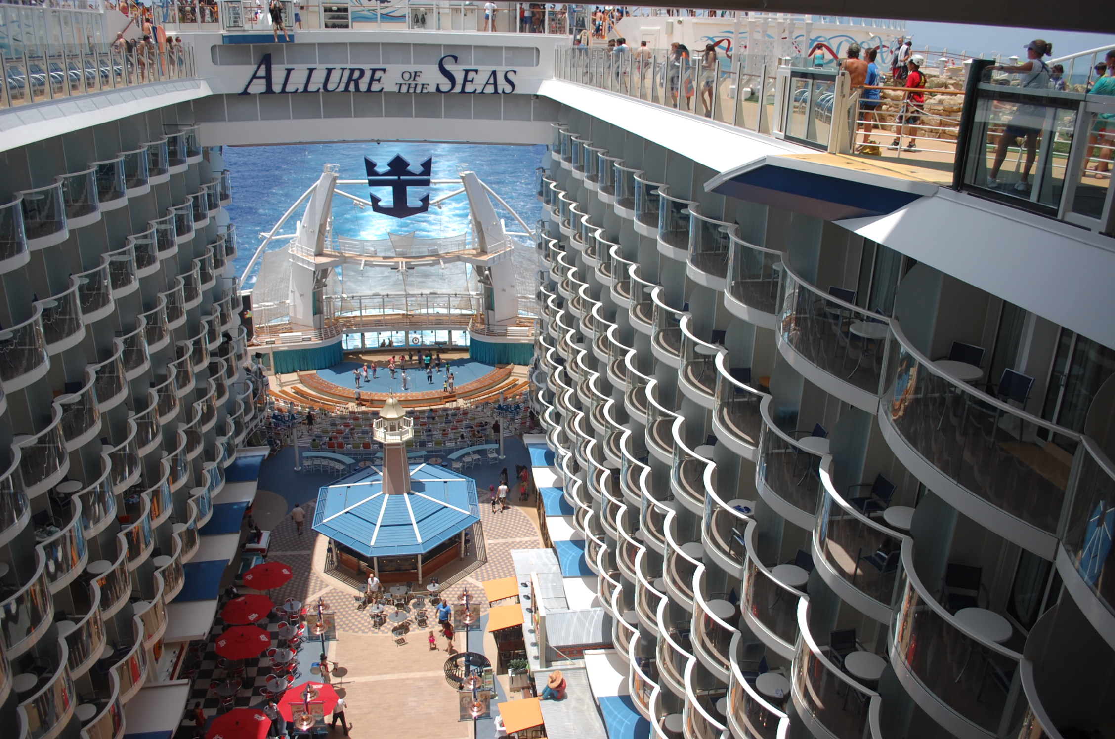 rccl-allure-of-the-seas-103